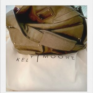 Kelly Moore